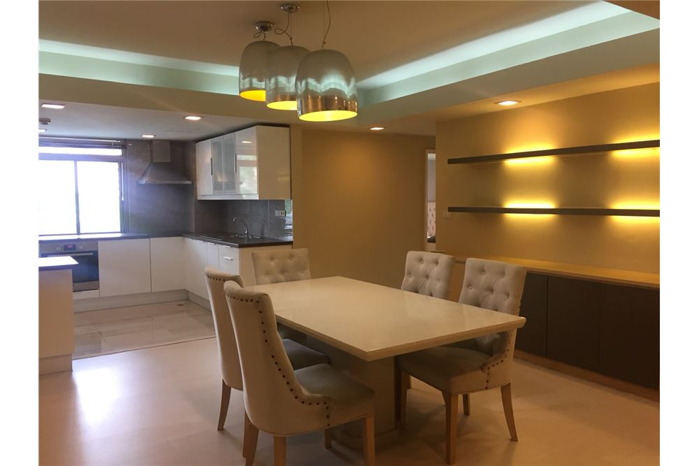 RE/MAX Executive Homes Agency's Royal Castle 3+1 Bed for Rent-Phrom Phong BTS 3