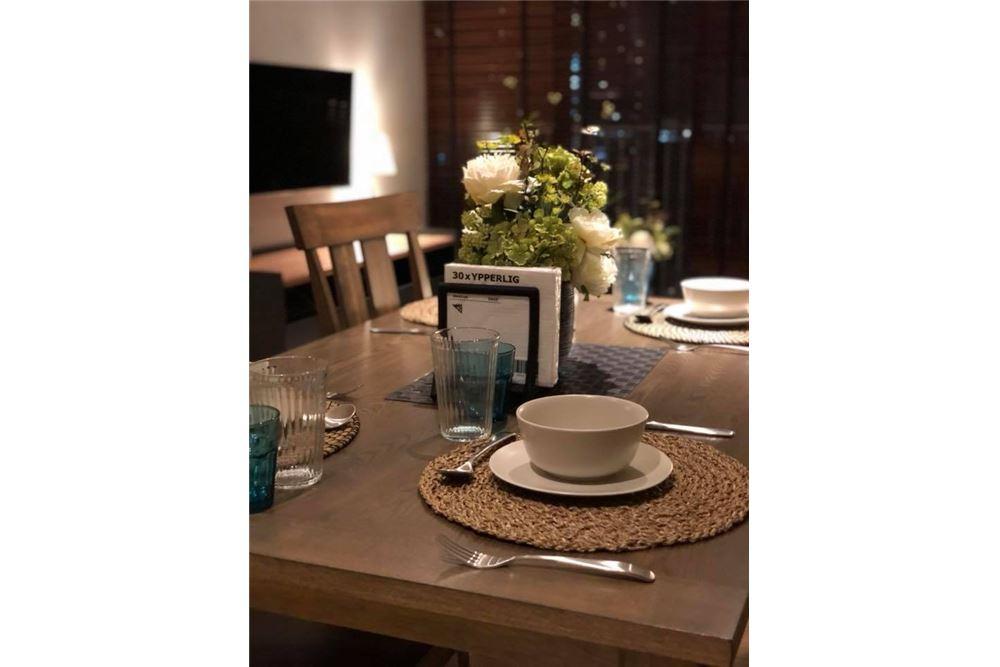 RE/MAX Properties Agency's for rent Park 24 2bedroom 5