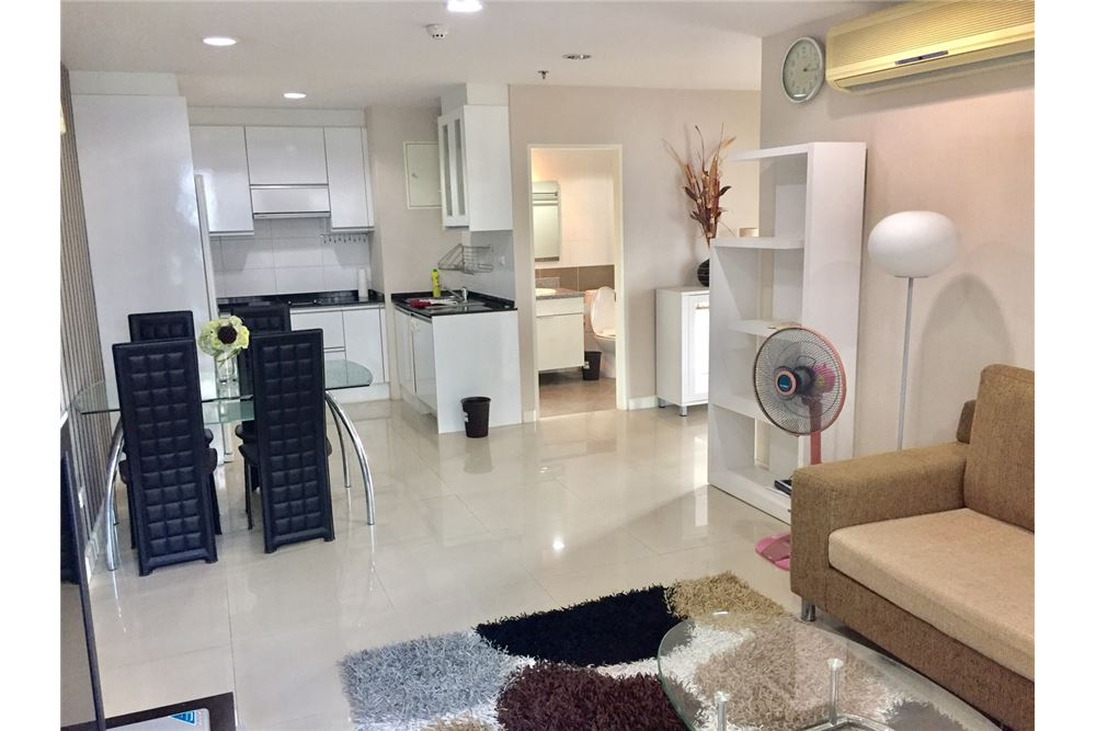 RE/MAX Executive Homes Agency's Beautiful 2 Bedroom for Rent Serene Place 8