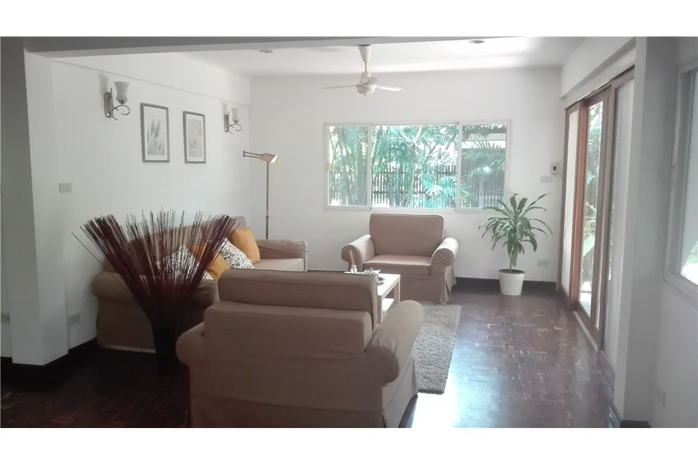 RE/MAX Executive Homes Agency's House For Rent in Compound Soi Soonvijai 2