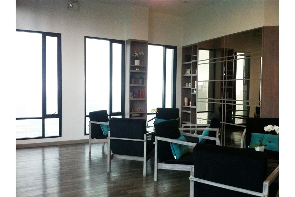 RE/MAX Properties Agency's SALE Movenpick Residences 1 BED 42.34 SQM. 9