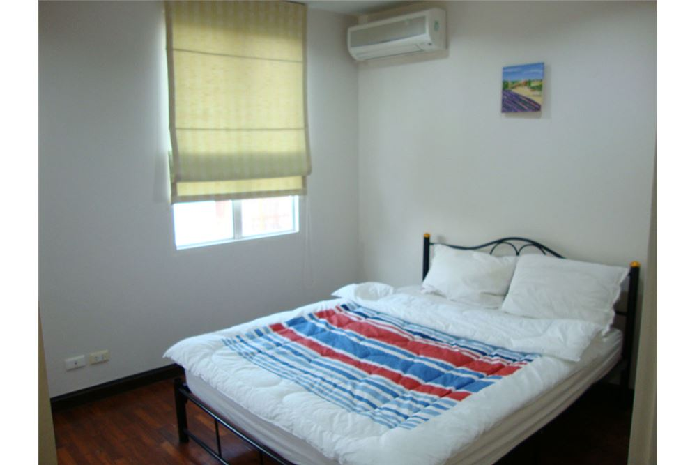 RE/MAX Executive Homes Agency's For Rent Townhouse at Moo Bann Klang Krung Thongl 8