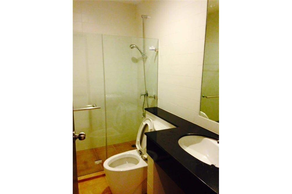RE/MAX Properties Agency's for rent 1bedroom Vista Garden 10