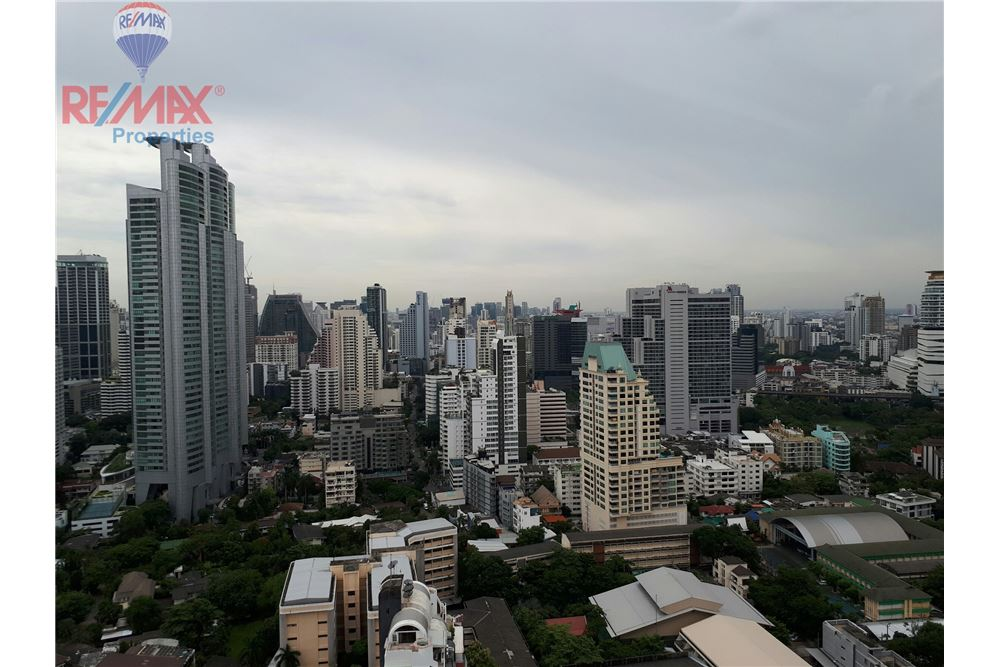 RE/MAX Properties Agency's RENT 3 Bedroom 150 Sq.m at Aguston Sukhumvit 22 14