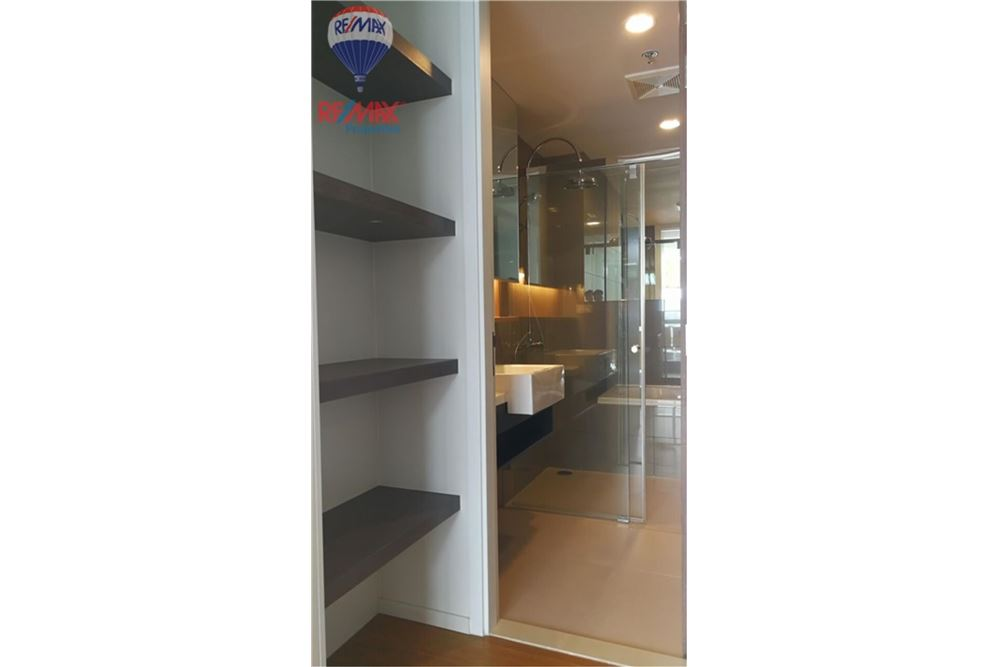 RE/MAX Properties Agency's FOR SALE 15 Sukhumvit Residences 1BED 59.29SQM. 9