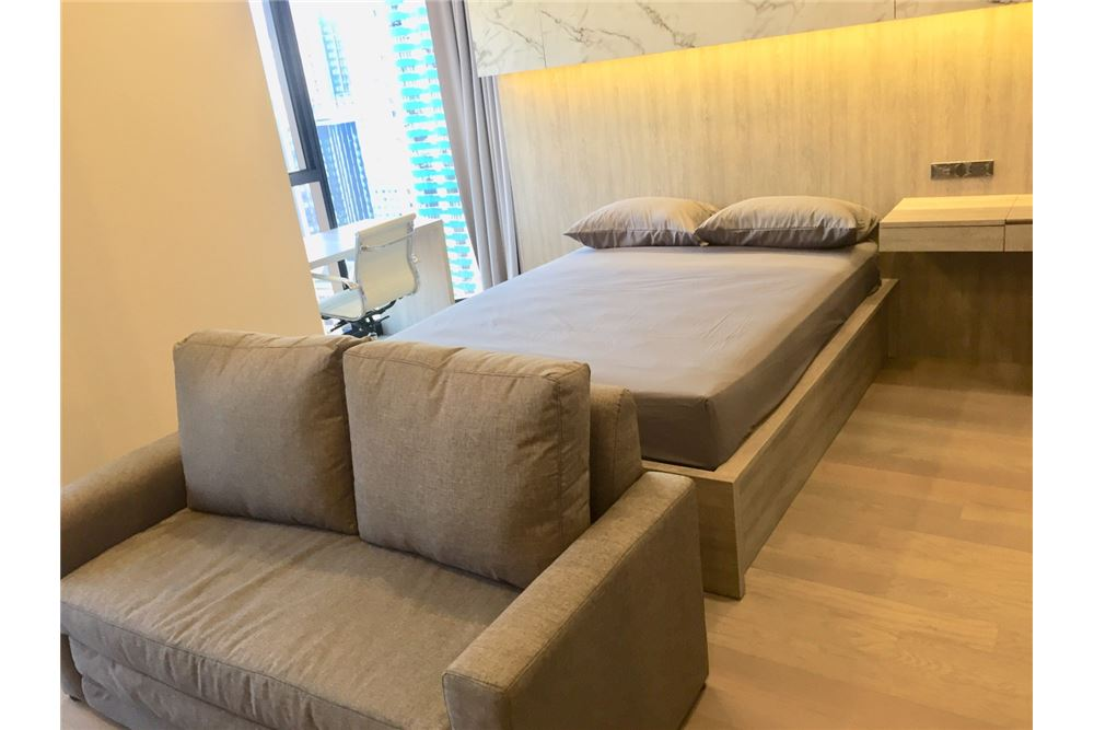 RE/MAX Properties Agency's For rent Ashton Asoke 1 Bed 35 sqm 2
