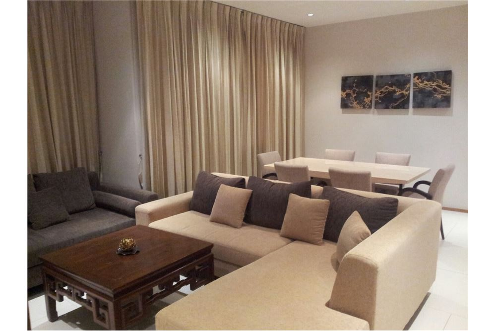 RE/MAX Executive Homes Agency's The Emporio Place / 2 Bedrooms / For Rent 11