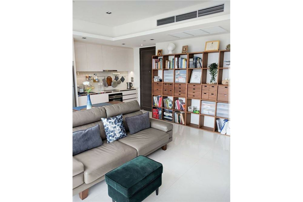RE/MAX Executive Homes Agency's Spacious 1 Bedroom for Sale Bangkok Sathorn 3
