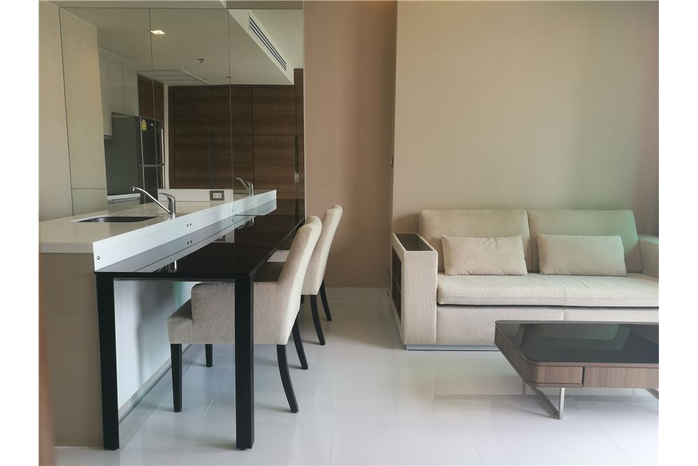RE/MAX Executive Homes Agency's Spacious 1 Bedroom for Rent Address Sathorn 4