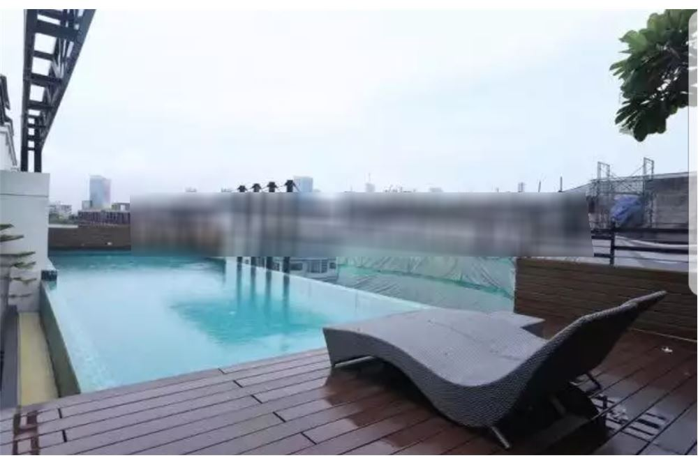 RE/MAX Executive Homes Agency's Cozy 1 Bedroom for Sale Socio Ruamrudee 4