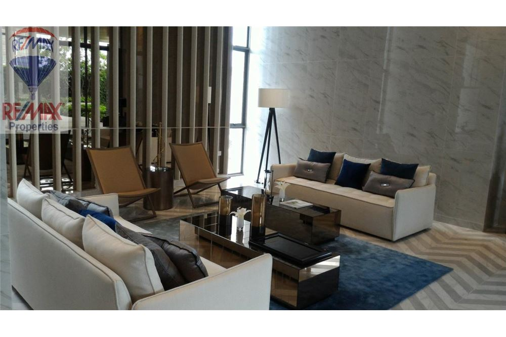 RE/MAX Properties Agency's FOR RENT The Room Sukhumvit 69 2BED 82SQM. 3
