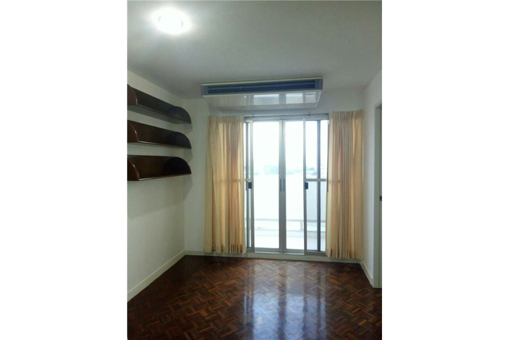 RE/MAX Properties Agency's 2 beds for sale @ Taiping Tower 2