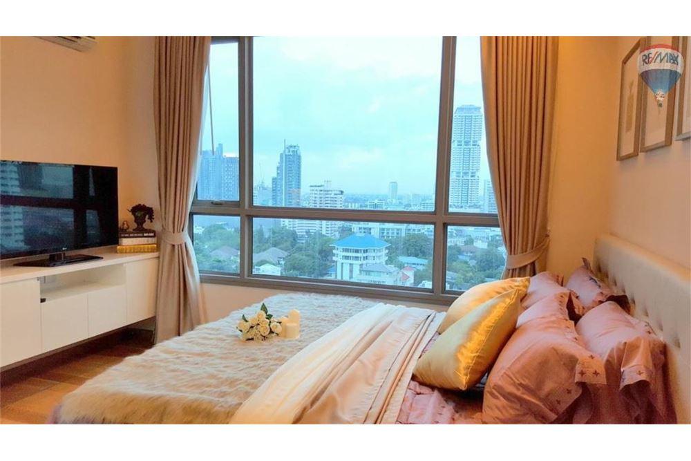 RE/MAX Properties Agency's H Sukhumvit 43, Bangkok - Condo for Rent 9