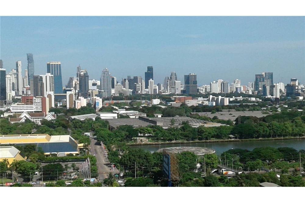 RE/MAX Properties Agency's SALE Aguston Sukhumvit 22 1BED 60SQM. 1