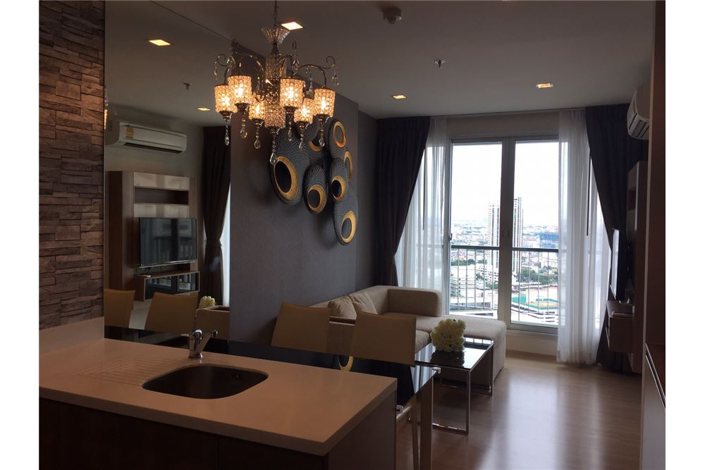 RE/MAX Executive Homes Agency's Stylish one bedroom well decorated 1