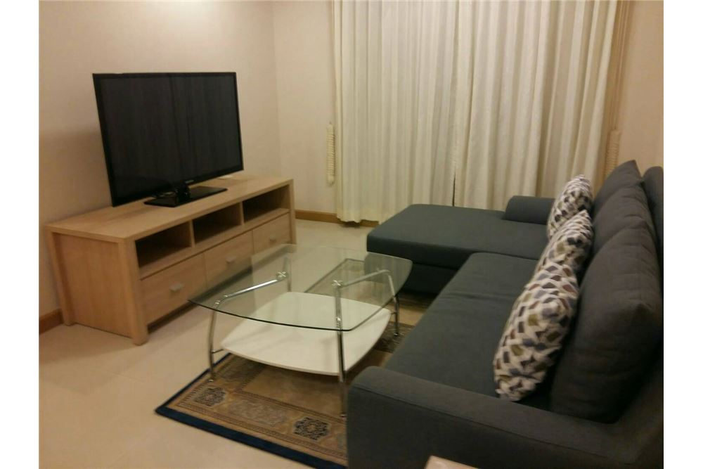 RE/MAX Executive Homes Agency's Spacious 2 Bedroom for Rent Supalai Premier Place 1