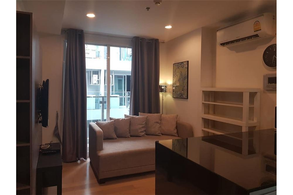 RE/MAX Properties Agency's for rent 1bedroom 15 Sukhumvit Residences 1