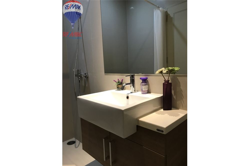RE/MAX Properties Agency's FOR SALE NOBLE REVEAL 2 BEDS 75 SQM 10