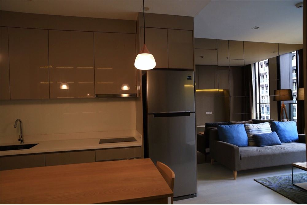 RE/MAX Executive Homes Agency's Spacious 1 Bedroom for Sale Noble Phloenchit 5