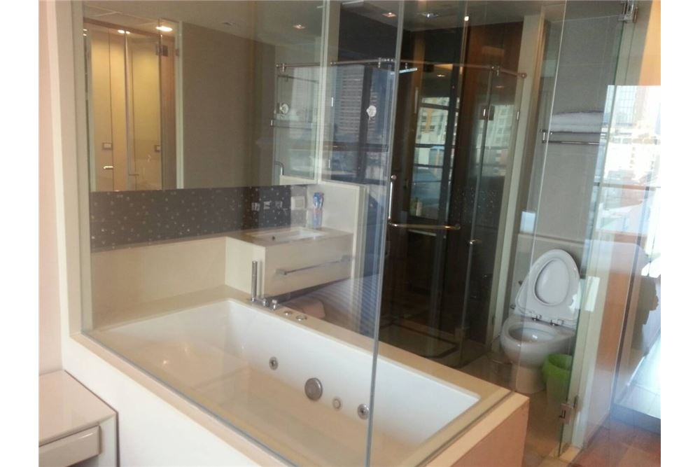 RE/MAX Executive Homes Agency's The Address Asoke  / 1 Bedroom / For Rent 3