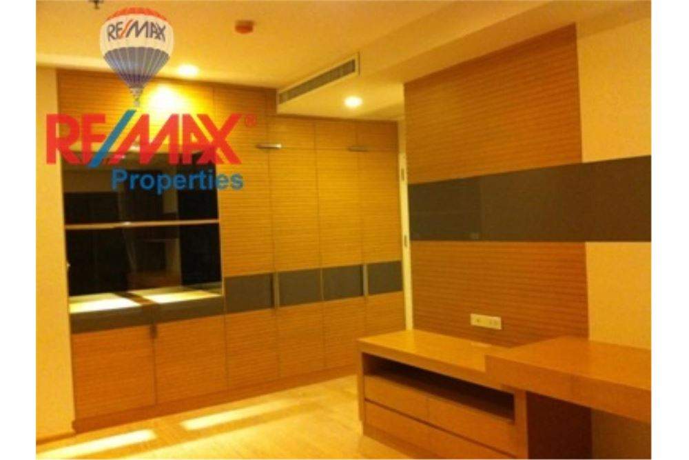 RE/MAX Properties Agency's FOR RENT NOBLE REMIX 92 SQM 2 BEDS 3