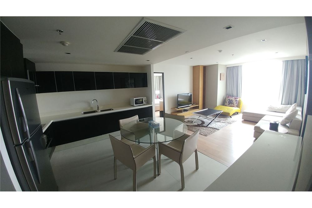 RE/MAX Executive Homes Agency's Nice 2 Bedroom for Rent Eight Thonglor 1