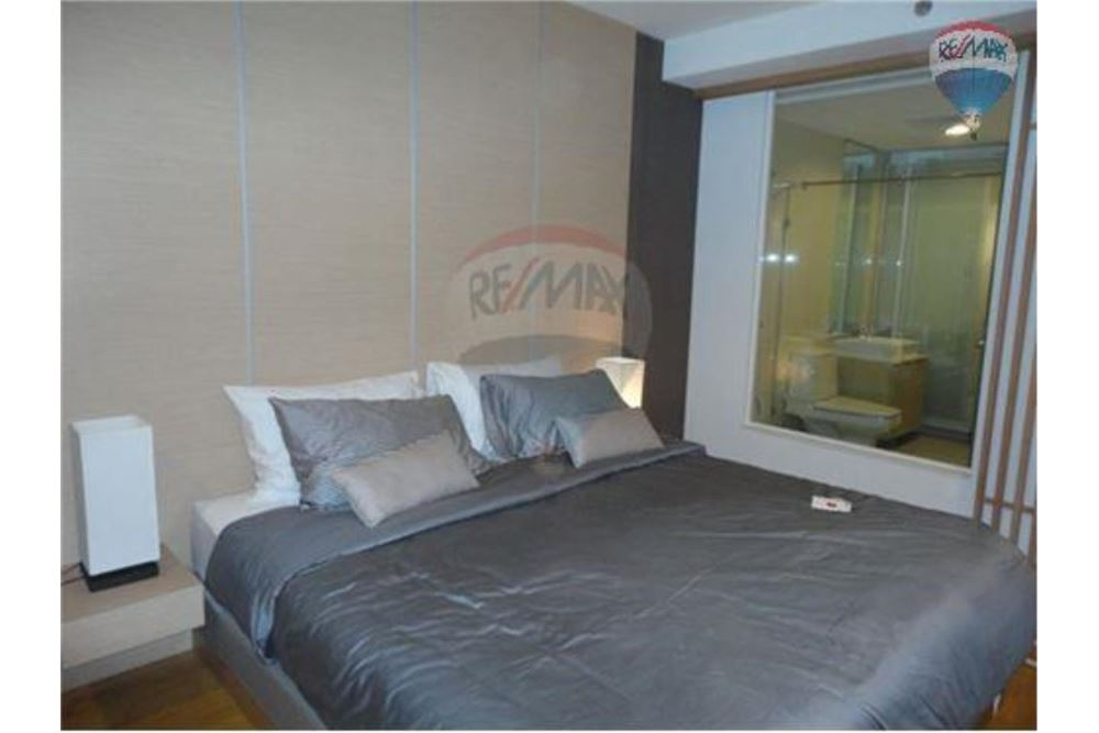 RE/MAX Properties Agency's FOR SALE  THE ALCOVE THONGLOR 10  1BED 37SQM 2