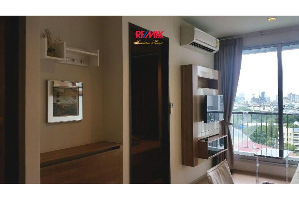 RE/MAX Executive Homes Agency's Condominium for rent - Sathorn 3