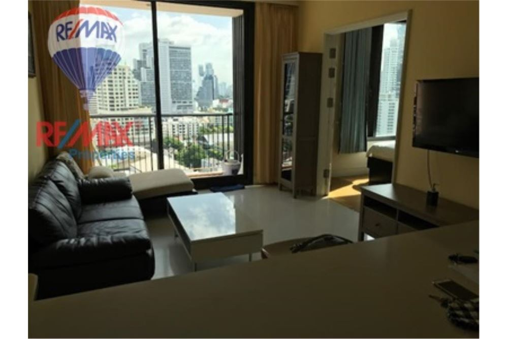RE/MAX Properties Agency's FOR RENT AGUSTON SUKHUMVIT 22 55 SQM 1 BED 1