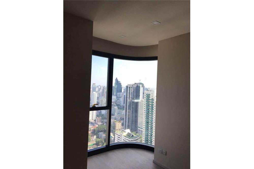 RE/MAX Executive Homes Agency's Brand New 1 Bedroom for Sale Ashton Asoke 2