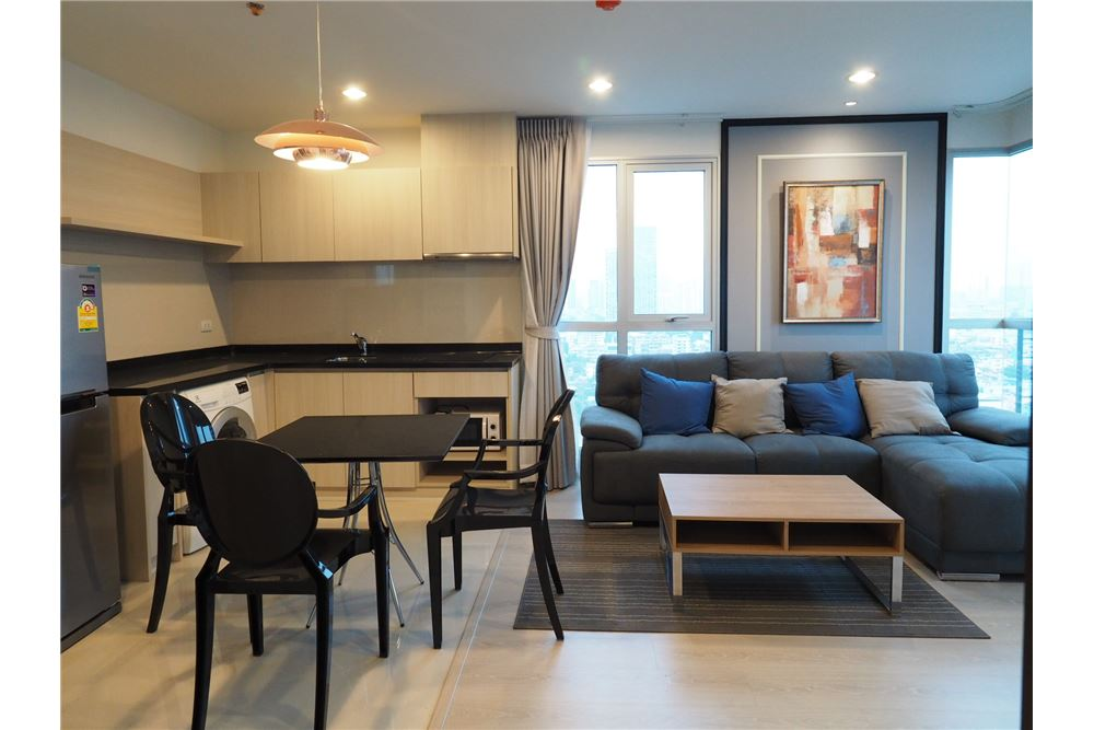 RE/MAX Executive Homes Agency's Nice 2 Bedroom for Rent Rhythm Sathorn Narathiwas 4