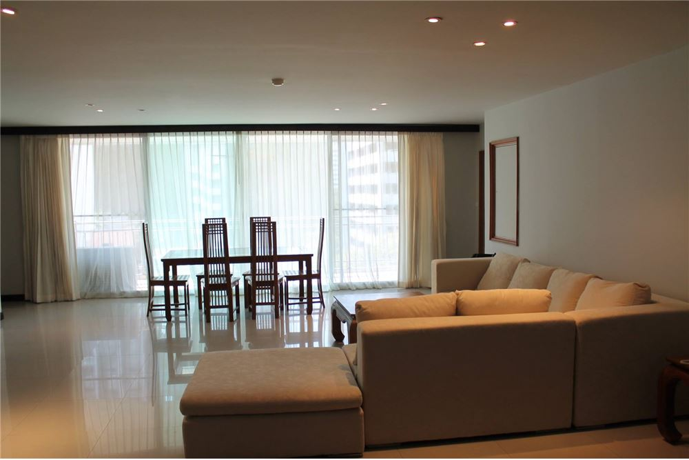RE/MAX Executive Homes Agency's Apartment for rent / 3 Bedrooms in Sathorn Area 6